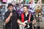 Ole Sperber und Michael Tucker als Duo zu Gast beim Gütersloher Sommer im Parkbad.Foto: Quelle Stadt Gütersloh