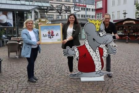 Cartoon-Meile: 60 Werke von Uli Stein in Schaufenstern.Foto:Stadt Herford
