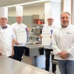 Auf den Geschmack gekommen: IHK verabschiedet zwei neue ostwestfälische Küchenmeister