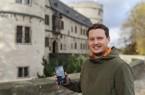 Christopher Horstmann, wissenschaftlicher Volontär des Kreismuseums, hat die neue App erarbeitet. Foto: ©Kreismuseum Wewelsburg