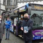 """Mit dem neuen Wanderführer """"BusGang"""" durch die Stadt"""