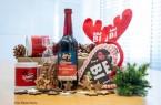Bielefeld Marketing spendete pro verkaufter Weihnachtsmarkt-Box einen Beitrag, der nun in einen Kulturfonds geht.