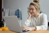 Die Digitalisierung in der Ausbildung ist eines der Themen der aktuellen Studie Azubi-Recruiting Trends 2021. Foto: karlyukav - de. freepik.com
