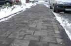 Stolperkanten auf Gehwegen entstehen durch den gefrorenen Untergrund. Foto: Stadt Rheda-Wiedenbrück