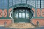 Das Jugendstilportal der Maschinenhalle der Zeche Zollern in Dortmund ist das Markenzeichen des LWL-Industriemuseums. Foto: LWL / Holtappels