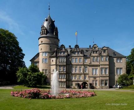 Symbolbild-Detmold_Schloss1