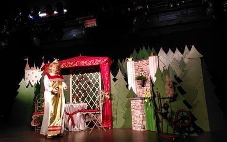 """Das Theater Tom Teuer präsentiert """"Morgenstar und Ringelspatz"""" per Livestream aus der Weberei – im Februar war bereits das Kindertheater Rumbalabumba mit dem """"Froschkönig"""" zu Gast (Foto: Weberei Gütersloh)"""