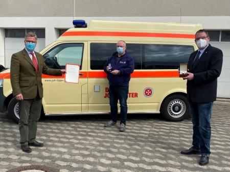 (V. li.): Thilo Wendenburg (Mitglied im Regionalvorstand), Thomas Weschky (Ehrenamtsbeauftragter) und Matthias Schröder (Mitglied im Regionalvorstand). Foto: Johanniter Lippe-Höxter
