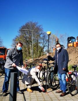 2021-27_Spatenstich_Fahrradparkhaus (1)
