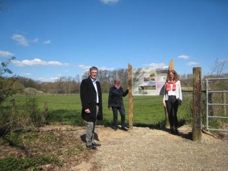 Neue Infotafeln für das Hücker Moor.Foto:Kreis Herford
