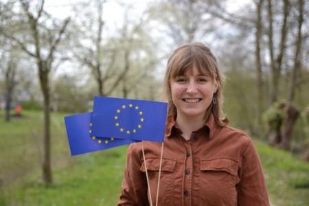 Lotte Footh leitet das Europe Direct Zentrum Kreis Gütersloh und steht als Ansprechpartnerin in Fragen rund um die EU zur Verfügung.