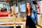 Im Videoformat geht es bei der digitalen Schnitzeljagd mit einer Museumspädagog:in bzw. einem Museumspädagogen live durch die Dauerausstellung oder über das Außengelände des LWL-Römermuseums. Foto: LWL/ J. Mühlenbrock