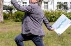 """Prof. Dr. Michael Schulz, Stabsgruppe für Klinikentwicklung und Forschung am LWL-Klinikum Gütersloh: """"Ich wünsche mir für die Zukunft der psychiatrischen Pflege, dass sie sich als Kunst versteht und im selben Zuge unermüdlich nach wissenschaftlichem Begründungen für ihr Handeln sucht."""" Foto: LWL/Sallermann"""