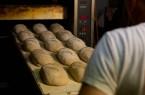 Wer in einer Bäckerei lernt, soll bei der Vorbereitung auf die Abschlussprüfung unterstützt werden, fordert die Gewerkschaft NGG. Foto:NGG