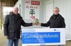 v. l.: Gerd Siede und Werner Thiemig vom Vorstand des Vereins Rot-Weiß St. Vit freuen sich über die Unterstützung aus dem Corona Hilfsfonds.