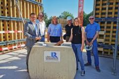 Der Grundstein für den Neubau der Grundschule wurde in Eidinghausen gelegt.