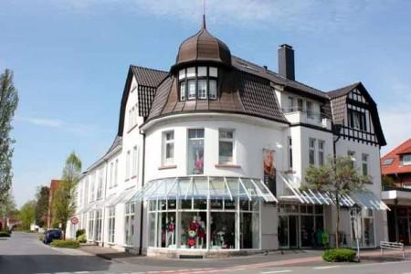 Modekaufhaus-Brinkmann-(HalleWestfalen)
