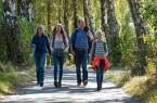 Mit der Familie unterwegs im Naturpark ©Naturpark/Frank Grawe