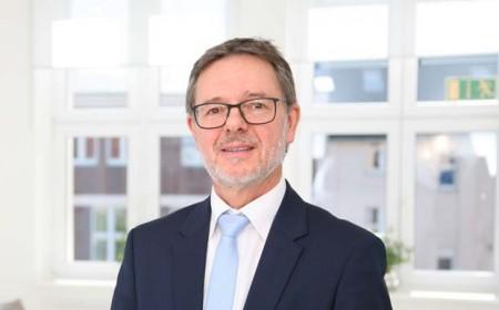 Prof.Niemeier_FHM_Presse