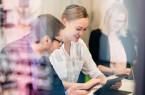 Foto (Universität Paderborn, Besim Mazhiqi): Im neuen M. Sc. Management an der Universität Paderborn erwerben die Studierenden neben Fachwissen wichtige Schlüsselkompetenzen für spätere Führungstätigkeiten durch kooperative und anwendungsorientierte Module.