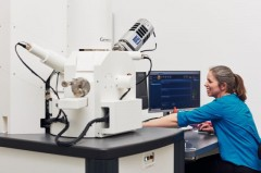 2021-04-19_Rasterelektronenmikroskop_Pollmeier_307_Titel