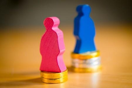 Ein Job, zwei Löhne: Noch immer ist die Bezahlung zwischen Männern und Frauen unterschiedlich hoch. Das kritisiert die Gewerkschaft NGG – und fordert mehr Anstrengungen für die Gleichberechtigung im Arbeitsleben. Foto: NGG   Alireza Khalili