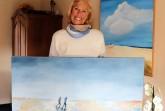 """Noch bis zum kommenden Frühjahr sind die Werke der Künstlerin Inge Schwarz im """"Bilderrundgang auf der Empore"""" im Rathaus zu bewundern. Foto: ©Stadt Rheda-Wiedenbrück"""