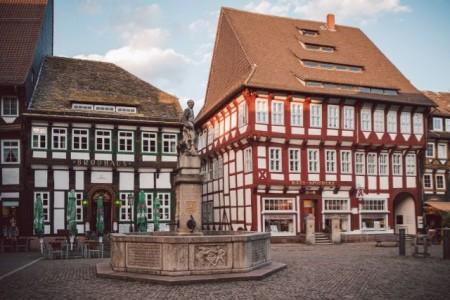 Das Brodhaus Einbeck ist das älteste Wirtshaus in Niedersachsen. Es liegt direkt am Marktplatz von Einbeck, also das Herzstück Einbecks.Foto: Einbeck-Tourismus