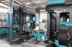 Die neue Hochleistungsmaschine von Kaltenbach erledigt Säge- und Fräs- und Bohrarbeiten in einem Arbeitsschritt. Für ihren Betrieb wurde das Druckluftsystem erweitert.Foto:©Oltrogge