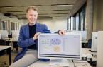 Prof. Dr. Lutz Grünwoldt ist Professor für Informatik am Fachbereich Ingenieurwissenschaften und Mathematik und Leiter des Studiengangs Ingenieurinformatik. (Foto: Alexander Tempel / FH Bielefeld)