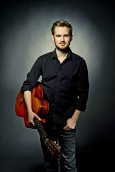 Sönke Meinen begeistert mit seiner Gitarre. Foto: ©Pollert