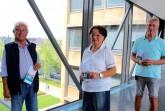 Laden zur Sprechstunde des Seniorenbeirats in die Stadtbibliothek ein: (v.l.) Jürgen Jentsch (Vorsitzender), Corinna Brambach (1. stellv. Vorsitzende) und Erhard Galetzka (2. stellv. Vorsitzender). .Foto:Stadt Gütersloh