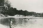 Das Freibad Brackwede, aufgenommen im Jahr 1945. Foto: ©Stadtarchiv Bielefeld