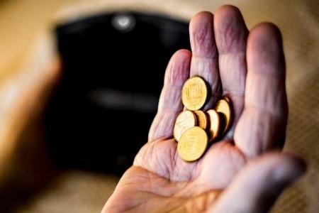 Obwohl sie jahrzehntelang gearbeitet haben, sind immer mehr Menschen von Altersarmut betroffen. Die nächste Bundesregierung müsse dagegen vorgehen und die gesetzliche Rente ausbauen, fordert die Gewerkschaft NGG. Foto: NGG   Alireza Khalili