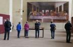 """In der eindrucksvollen Atmosphäre der ehemaligen Klosterkirche setzt die Dalheimer Ausstellung """"Leonardo. Das letzte Abendmahl"""" das weltberühmte Wandbild aus dem Kloster Santa Maria delle Grazie Mailand originalgetreu in Szene. Foto: LWL/Katharina Kruck"""