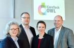 Die Sprecherinnen und Sprecher von CareTech OWL: Prof. Dr. Annette Nauerth, Prof. Dr. Axel Schneider und Prof. Dr. Udo Seelmeyer gemeinsam mit Geschäftsführerin Claudia Weymann (3. v.l.). (Foto: Tamara Pribaten/FH Bielefeld).