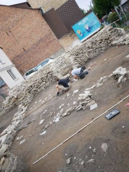 Übersicht der Grabungsfläche, gesehen von Osten. Foto: EggensteinExca/R. Gündchen