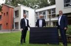 Freuen sich über die Ermöglichung des Wunschprojekts: (von links) Dr. Immanuel Hermreck, Arnold Bergmann und Ralf Libuda.